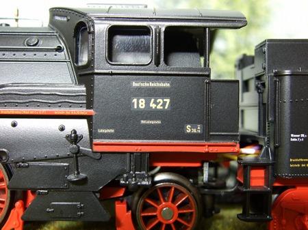 S2010_02220018