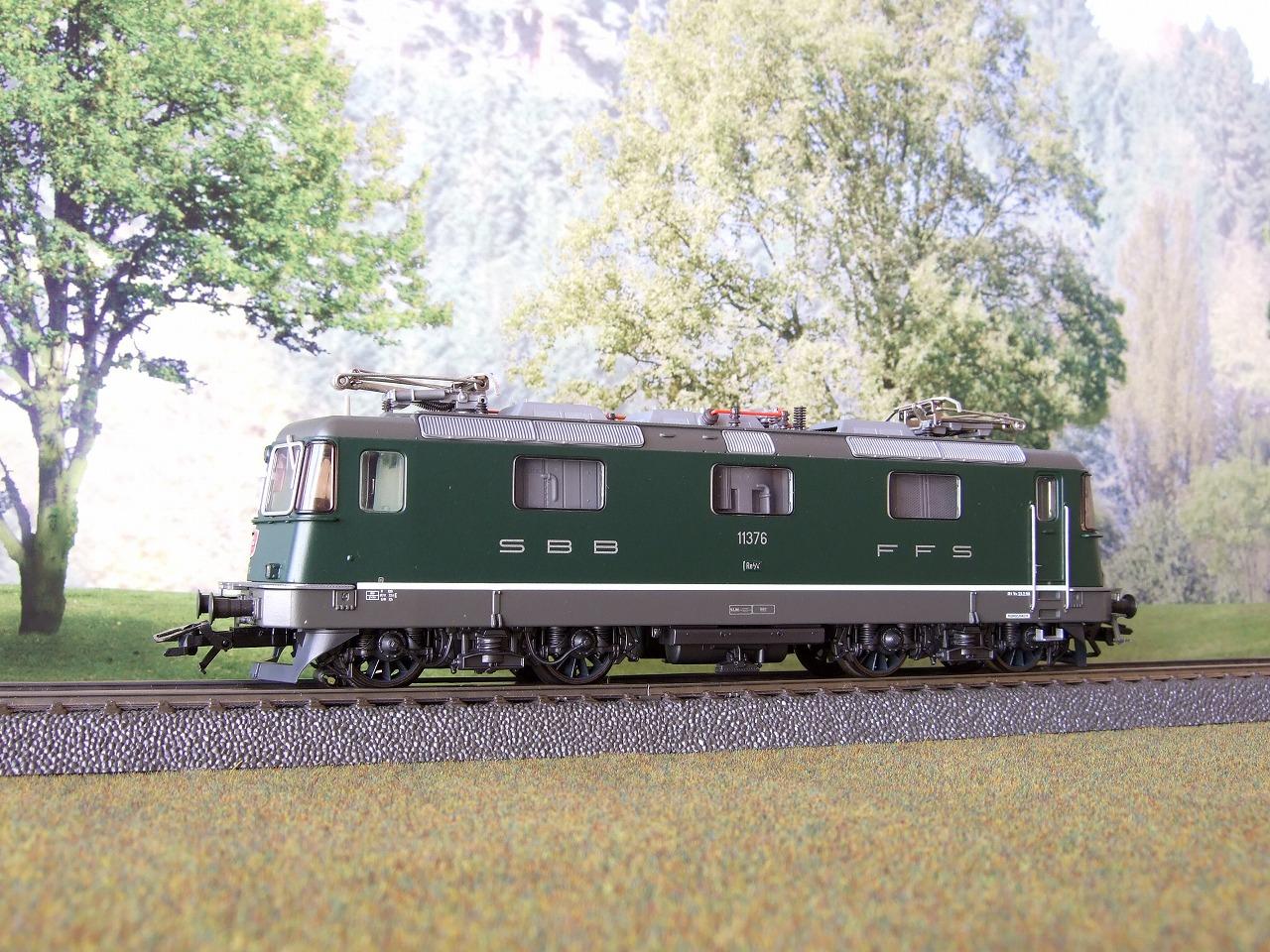 スイス国鉄電気機関車 Re 4/4 II...